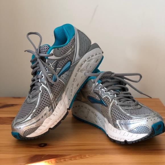 fee1eb1fa8f Brooks Shoes - Brooks Addiction 11 Women s Running Shoe